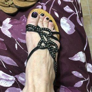 Adorable sandals!